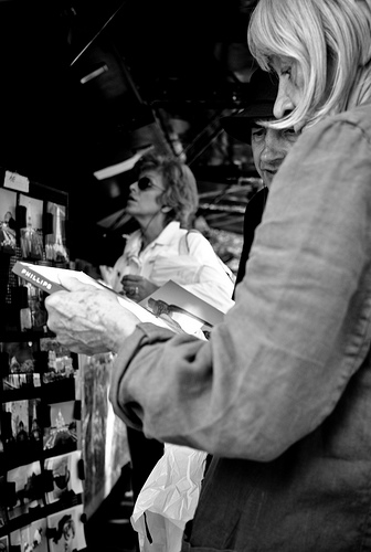 """Bouquinistes,"" a photograpgh of the book stalls on the Seine in Paris. [Photos by lodrorigdzin; all rights reserved]"
