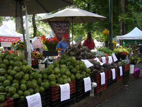 Portland Saturday Farmers' Market. [Photo by Tom Roberts]