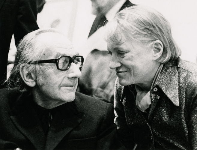 Photo of Man Ray and Lee Miller, London 1975. [Source: Eileen Tweedy/The Roland Penrose Collection/NPR]